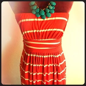 Dresses & Skirts - Tube Top Maxi Dress with Pockets!